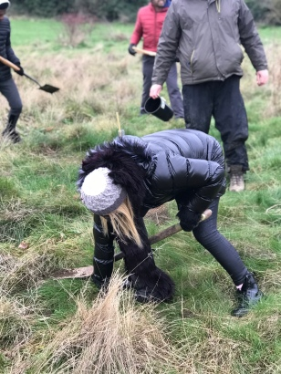 3 IMG_4353 Councillor Felicity Flynn worked so hard braving the icy weather tree-planting at Rowdown Field! 2018 12 15